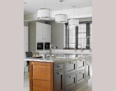 Surrey Thatched Cottage - Handmade Kitchens | Traditional Kitchens | Bespoke Kitchens | Painted Kitchens | Classic Kitchens