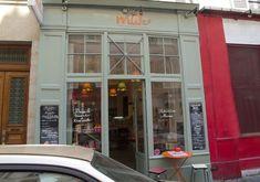MILK - Mum In her Little Kitchen (du mardi au dimanche de 8h à 17h, vendredi et samedi de 18h30 à 22h)  62 rue d'Orsel  Métro Pigalle ou Abbesses  75018 Paris   01 42 59 74 32   www.milk-lepicerie.com