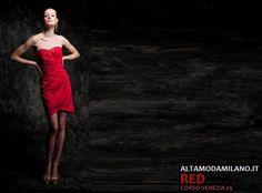 tel 0276013113 abiti rossi per capodanno ALTAMODAMILANO.IT corso venezia 29 milano