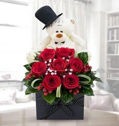 Valentine Bouquet, Valentine Day Wreaths, Valentines Day Gifts For Him, Valentine Crafts, Spring Flower Arrangements, Spring Flowers, Floral Arrangements, Unique Flowers, Pretty Flowers
