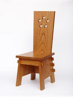 白洲次郎氏がマッカーサー に送った椅子のレプリカ