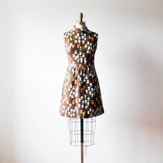 vintage 1960s brown & white floral linen mod dress  by RockAndRollVintage, $140.00