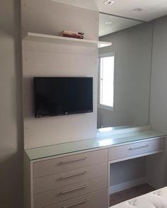 Desk with tv or wall mount screen Room Ideas Bedroom, Home Bedroom, Bedroom Decor, Vanity Room, Interior Decorating, Interior Design, Home Room Design, Aesthetic Rooms, Dream Rooms