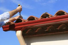 Problem of roof leaks, blocked pipes, gutter leaks? Get help of Gold Coast's Leading Roof Plumbers. We offer wide range of plumbing services including fixing of gutter leaks, blocked pipes, roof leaks & much more! Roofing Companies, Roofing Services, Roofing Contractors, Seo Services, Diy Design, Lead Roof, Residential Plumbing, Seamless Gutters, Copper Gutters