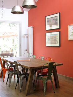 I am digging this wall color... // funky table and chairs