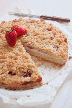 Crumble cake con ricotta e fragole