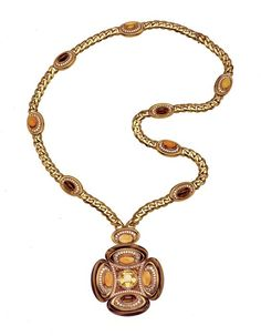 A 1973 Bulgari sautoir with sapphires, tigereyes, citrines, and diamonds. Photo courtesy of the de Young Museum