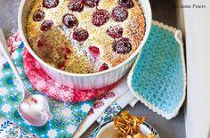 Himbeer-Mohn-Topfen-Auflauf mit Krokant und Himbeersauce Cookie Pie, Cake Recipes, Cereal, Oatmeal, Bakery, Sweets, Cookies, Breakfast, Desserts