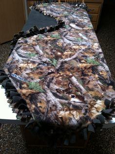 Deer camo/green fleece tie blanket