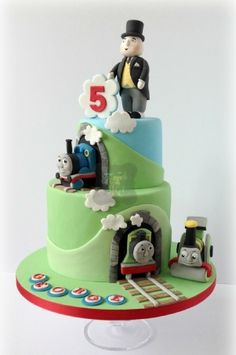 thomas tank engine and fat controller cake