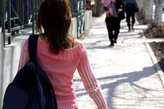 Parents angry at school officials for allowing daughter with autism to walk home alone w/video