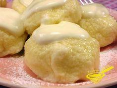 z cukrem pudrem: węgierskie knedle serowe
