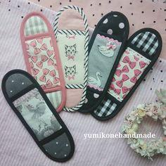 いいね!85件、コメント5件 ― yumikone handmadeさん(@yumikonehandmade)のInstagramアカウント: 「今回のテーマは ピンク×ブラック。 甘いピンク リボンやフリルを黒で合わせてガーリーでロック♡…」 Flip Flops, Sandals, Shoes, Instagram, Women, Shoes Sandals, Zapatos, Shoes Outlet, Beach Sandals