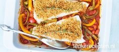 kabeljauw uit de oven met een krokant korstje met tijm op een laag van paprika en tomaat