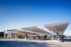 Galeria de Terminal de ônibus Dra. Evangelina de Carvalho Passig / 23 SUL Arquitetura - 6