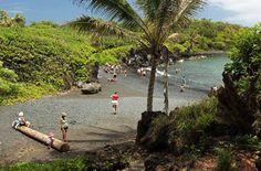 It's one of those beaches... #Maui #BlackSandBeach #MauiBeaches #MauiNoKaOi #Island #Paradise