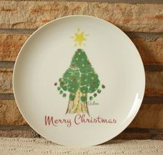Christmas gifts for grandma and grandpa, mom and dad, baby's first christmas, footprint art keepsake Christmas Tree Footprint Plate – Gift Ideas Christmas Gifts For Grandma, Homemade Christmas Gifts, Babies First Christmas, Grandma Gifts, Christmas Baby, Christmas Tree, Christmas Presents For Parents, Baby First Halloween, Etsy Christmas