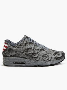 Nike Men's Air Max Lunar Sneakers , looks like a moon! I don't like the US label on the back tho.I know they meant it as a U.S flag. Air Max Sneakers, Sneakers Nike, Adidas Shoes, Nike Inspiration, Nike Heels, Kobe Shoes, Nike Joggers, Hypebeast, Site Nike