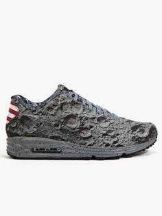 Nike Men's Air Max Lunar 90SP Sneakers | oki-ni