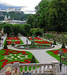 Salzburg Austria - it was in this garden a lovely Austrian fellow tried to pick up my 70 year old mother! Beautiful Landscapes, Beautiful Gardens, Places Around The World, Around The Worlds, Places To Travel, Places To Go, Parks, Gardens Of The World, Visit Austria