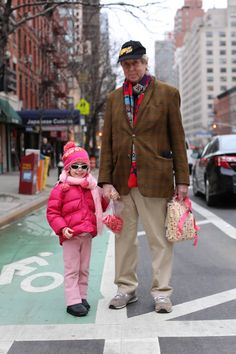 """""""You've got to watch what you say around her. She's 4 going on 104."""" photography by Brandon Stanton of Humans of New York https://www.facebook.com/humansofnewyork/photos/pb.102099916530784.-2207520000.1398045453./631416956932408/?type=3"""