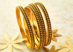 P N Gadgil & Sons (PNG): Light weight gold bangles designs for women with price in India. Buy online gold deginer bangles for daily use. Gold Bangles Design, Gold Jewellery Design, Gold Jewelry, Wedding Earrings Studs, Wedding Jewelry, Fashion Jewelry, Women Jewelry, Gold Set, Gold Gold