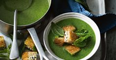 Spinach Soup Fetta croutons - need we say more? You'll want to savour the taste of this soup for a long time to come. - Fetta croutons - need we say more? You'll want to savour the taste of this soup for a long time to come. Cream Of Spinach Soup, Creamed Spinach, Healthy Fruits, Healthy Drinks, Healthy Snacks, Soup Recipes, Vegetarian Recipes, Cooking Recipes, Healthy Recipes
