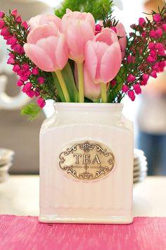 Tea Vase/Vintage Look