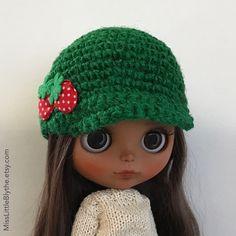 Un preferito personale dal mio negozio Etsy https://www.etsy.com/it/listing/494445222/green-hat-for-blythe-doll-sombrero-para