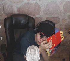 Image about quackity in 💤📁🐮 by ⠀ on We Heart It My Dream Team, Just Dream, Pretty Boy Swag, Pretty Boys, Mma, Techno, Dream Friends, Im Losing My Mind, Minecraft Fan Art