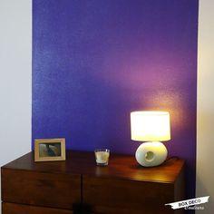 Vos murs vont briller et scintiller ! Envie d'égayer et de réveiller votre intérieur sans tout changer ? Réveillez-le avec notre vernis pailleté. http://www.boxdecocouleurs.com