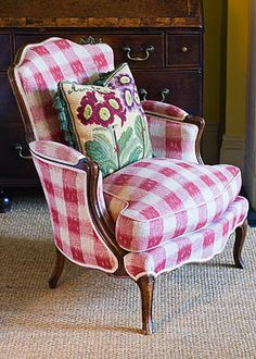 Love this raspberry gingham chair with Elizabeth Bradley auricula cushion!
