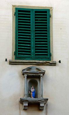 Montefioralle-Greve-in-Chianti  Vergine
