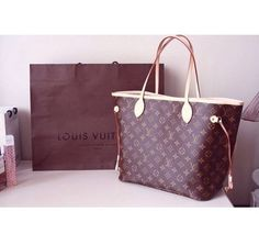 Louis Vuitton Damier Azur Outfit Louis Vuitton Handbags #lv bags#louis vuitton#bags