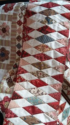 Mrs Billings Quilt - lots of work and techniques. Star Quilts, Scrappy Quilts, Mini Quilts, Quilt Block Patterns, Quilt Blocks, Quilting Projects, Quilting Designs, Quilt Boarders, Quilt Binding