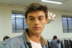 http://kenderasia.com/milan-mens-fashion-week-2014/