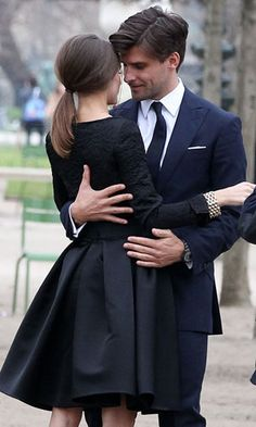 Olivia Palermo and Johannes Huebl in black and navy