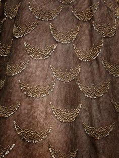 New Embroidery Fashion Detail Inspiration Texture Ideas Hand Embroidery Dress, Bead Embroidery Patterns, Tambour Embroidery, Couture Embroidery, Embroidery Suits, Embroidery Fashion, Hand Embroidery Designs, Beaded Embroidery, Embroidery Stitches