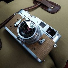 M2R cherry Wood from @b0lim #passionleica #leica