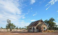 Corrugated Iron Church - Lightning Ridge NSW Australia by Bev Woodman Abandoned Farm Houses, Abandoned Churches, Old Churches, Abandoned Places, Old Houses, Australian Photography, Building Painting, Gothic Aesthetic, Land Of Oz