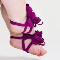Baby Feet!! The ooii™ soft sandals are carefully designed to provide total freedom and comfort to those tiny toes while sweetly completing any outfit - $17.50 - etsy