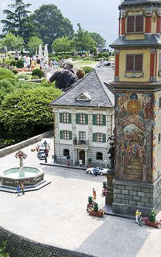 Miniature Park, Melide, Switzerland. The family theme park, Swiss Miniature in Melide, which was opened in 1959, is the only miniature park in Switzerland. The detailed and authentic models include well-known sites in miniature scale. (V)