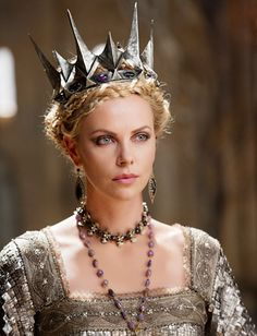 """The Snow White and the Huntsman's Costumes Details —The Crowns:   """"When she comes into power, the crown is more spiked and a bit darker, like the atmosphere of the castle,"""" said costume designer Colleen Atwood."""