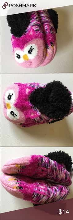 8ed9d0c50b8 NEW Girl s Pink Owl Slippers Fuzzy Brand new with tags. Little girls will  fit shoe