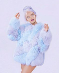 rihanna looks like coton candy
