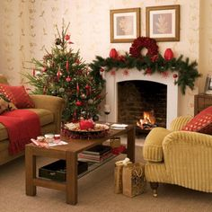 Brilliant 25+ Best And Beautiful Holiday Living Room Decoration Ideas https://decoredo.com/14921-25-best-and-beautiful-holiday-living-room-decoration-ideas/