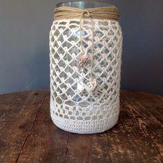 Crochet Cozy, Love Crochet, Filet Crochet, Crochet Gifts, Crochet Flowers, Lace Mason Jars, Mason Jar Crafts, Crochet Thread Patterns, Crochet Jar Covers