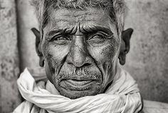 Afbeeldingsresultaat voor faces black & white