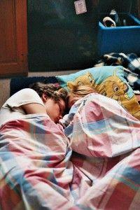 Samen slapen met je partner: gezond of ongezond?