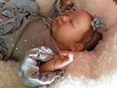LE Reborn Baby Serenity COA 814/1900 Sculptor Laura Eagles
